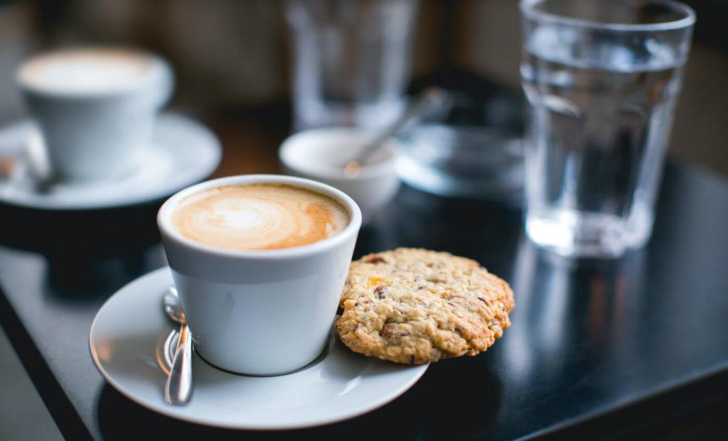 Pausa caffe ufficio e smartworking